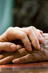 Уход за ногтями тяжелобольного